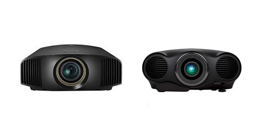 twee projectoren voorwaards